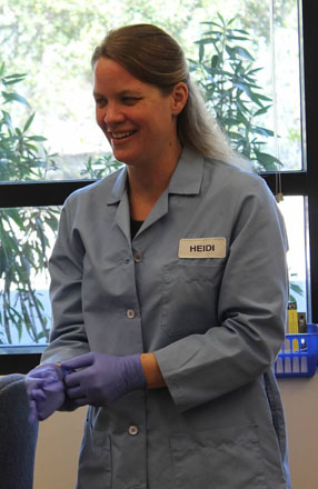 Our presenter, Ms. Heidi Davis, is a research coordinator at the San Diego Zoo Beckman Center. Ms. Davis has currently been working at the Beckman Center for over 14 years, and works in the genetics cytogenetic department looking at DNA for different research projects.